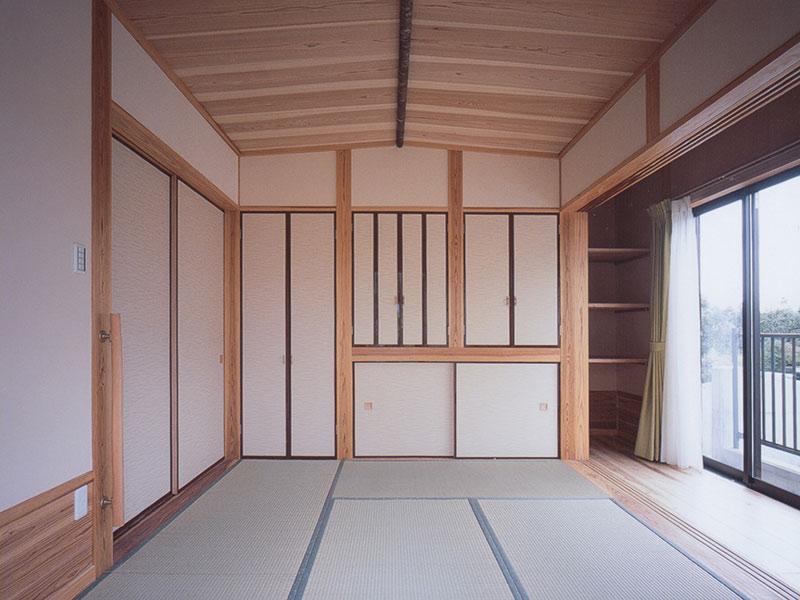 自然素材を使った和室